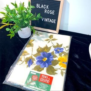 NWT VINTAGE FLORAL LINEN TABLECLOTH 60S IN PACKAGE